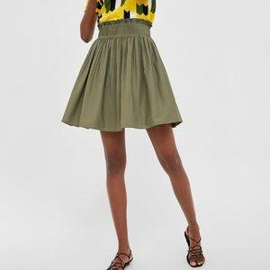 NWT Zara XS Pleated waist skirt